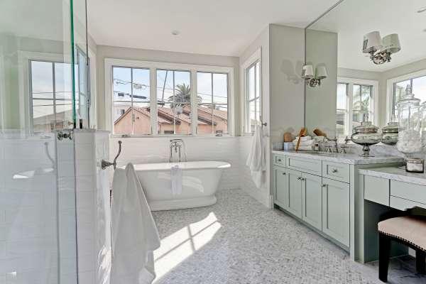 Fournier - 2900 Ardmore_Master Bath1